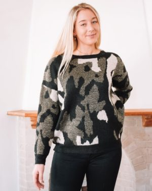 SPARKLING CAMO SWEATER